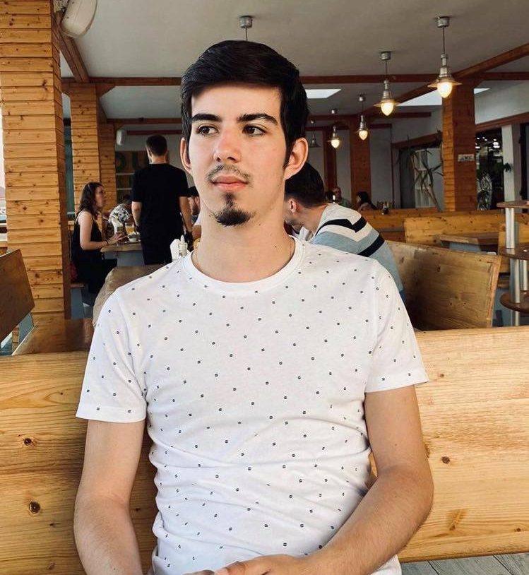 Răzvan-Vișoiu-tineretul-român