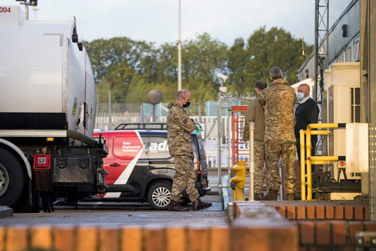 Members of the military are seen at Buncefield oil depot in Hemel Hempstead, Hertfordshire. Military personnel are expected to start helping with driver shortages today following more than a week of long queues and closures at petrol stations. Fuel shortages, London, UK - 04 Oct 2021,Image: 636421221, License: Rights-managed, Restrictions: , Model Release: no, Credit line: Profimedia
